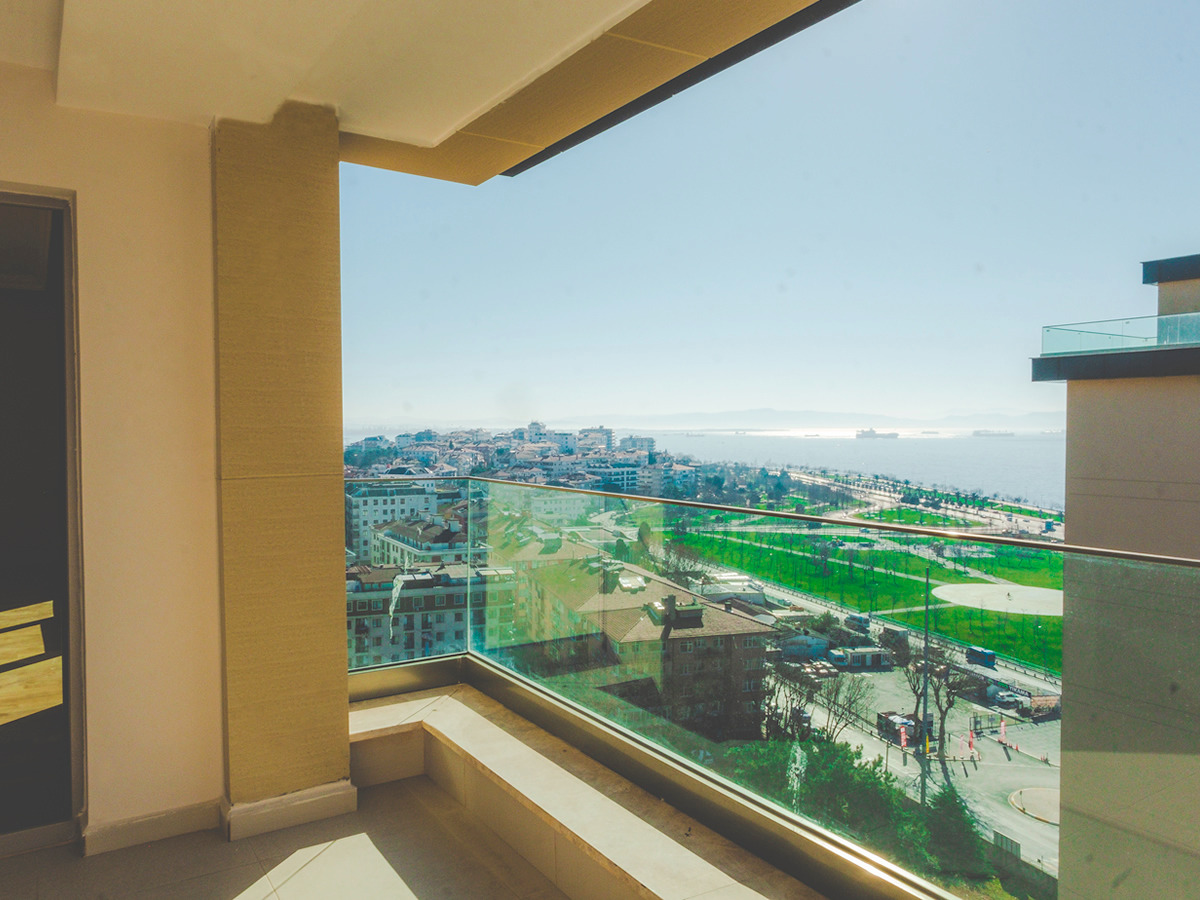 Sea View Apartment for Sale in the Asian Side 8